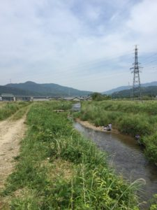 大川で小鮎釣り